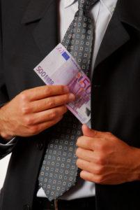 Wenn Sie eine Kapitallebensversicherung vorzeitig kündigen, steht Ihnen der Rückkaufswert zu.