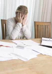Ein Rückkauf der Risikolebensversicherung lohnt sich meist nicht. Prüfen Sie Ihren Vertrag, bevor Sie die Lebensversicherung kündigen.