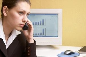 Beim Versicherer erfahren Sie die Kündigungsfrist einer Risikolebensversicherung.